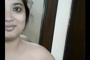 Beautiful Mumbai aunty